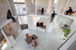 Столовые комнаты в . Автор – 山﨑健太郎デザインワークショップ