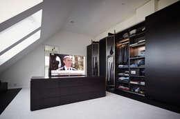 15 Wege, den Fernseher ins Schlafzimmer zu integrieren