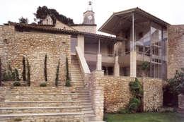 habitation: Maisons de style de style Moderne par ateliers d'architecture JPB