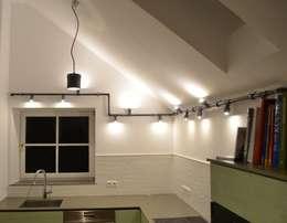 Individuelle Küchenbeleuchtung von Industrial.KO.Design: industriale Küche von Industrial.KO.Design