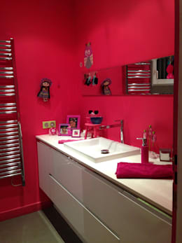 modern Bathroom by CBM Interiors sas