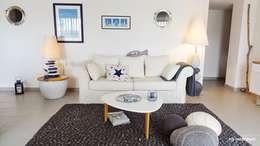 Le salon: Maisons de style de style Moderne par MJ Intérieurs