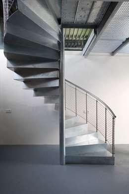 Corridor & hallway by Archipelontwerpers