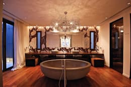 Hollywood kroonluchter kandelaar: klasieke Badkamer door BRAND VAN EGMOND