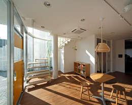 Kayashima Photo Studio Ohana: atelier mが手掛けたオフィススペース&店です。