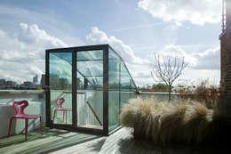 Tерраса в . Автор – Lipton Plant Architects