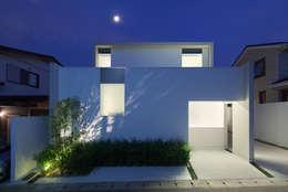 Projekty, nowoczesne Domy zaprojektowane przez ソルト建築設計事務所