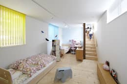 modern Nursery/kid's room by 一級建築士事務所ROOTE