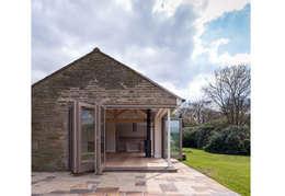 Casas de estilo moderno por Fraher Architects Ltd