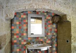 modern Bathroom by fogazza