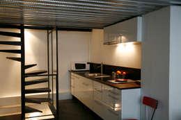 Cuisine: Maisons de style de style Industriel par Karine Herz - Design Interieur
