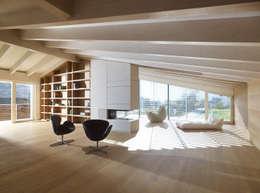 Projekty,  Domowe biuro i gabinet zaprojektowane przez Burnazzi  Feltrin  Architects