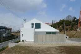 桑名の家 / House in Kuwana: 市原忍建築設計事務所 / Shinobu Ichihara Architectsが手掛けた家です。
