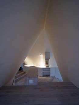 安曇野の山荘: カスヤアーキテクツオフィス(KAO)が手掛けたキッチンです。