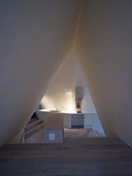 modern Kitchen by カスヤアーキテクツオフィス(KAO)