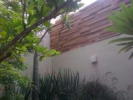 Balcones, porches y terrazas de estilo moderno por Grupo Boes