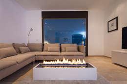 Fire Line Automatic 3, Planika: styl , w kategorii Korytarz, hol i schody zaprojektowany przez Planika Fires
