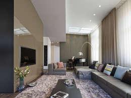 moderne Woonkamer door Ippolito Fleitz Group – Identity Architects