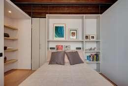 mediterranean Dining room by Lara Pujol  |  Interiorismo & Proyectos de diseño