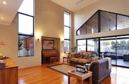 Salas de estilo rústico por Adorn Interior Design