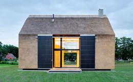 modern Houses by Möhring Architekten