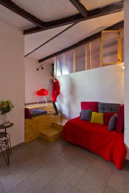modern Living room by Atelier RnB