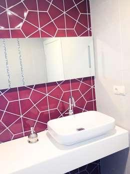 MUNGAN INTERIOR DESIGN – iç mekan,stant ve ürün tasarımları: modern tarz Banyo