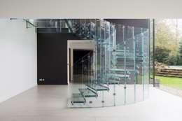Siller Treppen/Stairs/Scale: minimal tarz tarz Koridor, Hol & Merdivenler