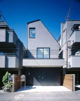 บ้านและที่อยู่อาศัย by 高橋直子建築設計事務所