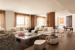Livings de estilo moderno por ESTER SANCHEZ LASTRA