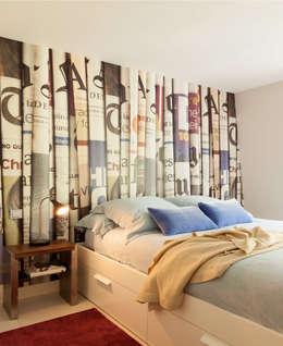 modern Bedroom by ESTER SANCHEZ LASTRA