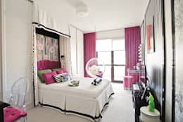 AK Design Studio – Girl's Bedroom: eklektik tarz tarz Yatak Odası