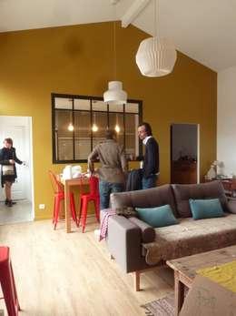 Maisons de Ville: Salle à manger de style de style Moderne par EURL Cyril DULAU architecte