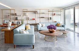 Livings de estilo moderno por Escapefromsofa
