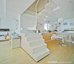 Manuel Ocaña Architecture and Thought Production Office의  복도 & 현관