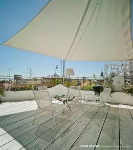 Terrazas de estilo  por Manuel Ocaña Architecture and Thought Production Office