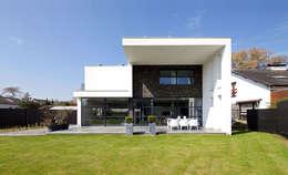 achtergevel:   door 3d Visie architecten