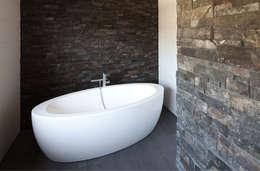 woonhuis S Neerharen: moderne Badkamer door 3d Visie architecten