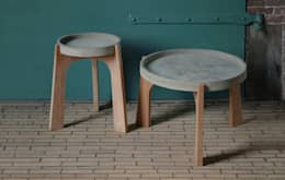 TABLES: scandinavische Woonkamer door RENATE VOS product & interior design