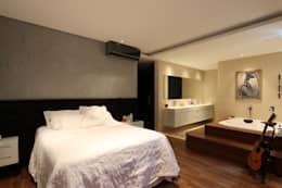 Dormitorios de estilo minimalista por ZAAV Arquitetura