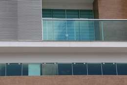 Edificio Ibirapuera: Janelas   por Studio Zaav