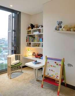 Paker Mimarlık – ÇUBUKLU B17: modern tarz Çocuk Odası