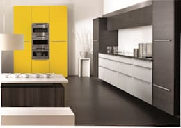 moderne Keuken door KH System Möbel GmbH