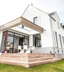 Casas de estilo ecléctico por raumatmosphäre pantanella