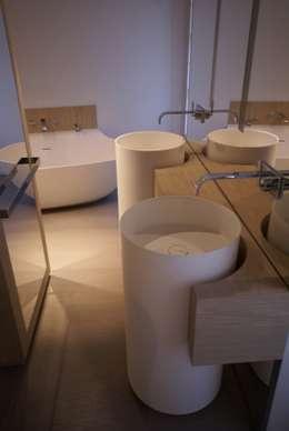 Projekty,  Łazienka zaprojektowane przez Atelier TO-AU
