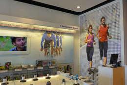 Espacios comerciales de estilo  por Trama