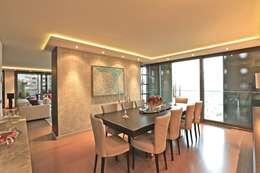 Kerim Çarmıklı İç Mimarlık – A.Y.G. ULUS SAVOY EVİ / A.Y.G. ULUS SAVOY HOUSE 2012: modern tarz Yemek Odası