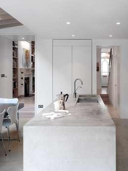 moderne Keuken door Platform 5 Architects LLP