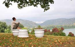 """Assises """"Vagues"""": Balcon, Veranda & Terrasse de style de style Moderne par indépendante / Freelance"""