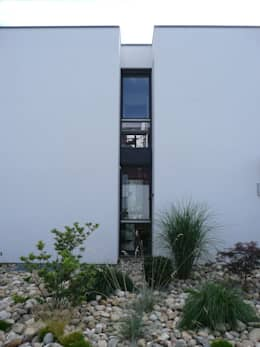 minimalistic Houses by waldorfplan architekten